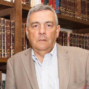 Prof. Ezequiel Barros